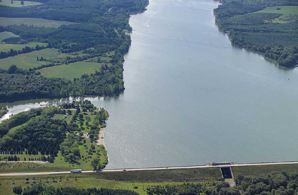 Aerial view of Wildwood Dam and Reservoir