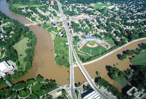 Aerial view of the Forks of the Thames and the West London Dyke during the July 2000 Flood