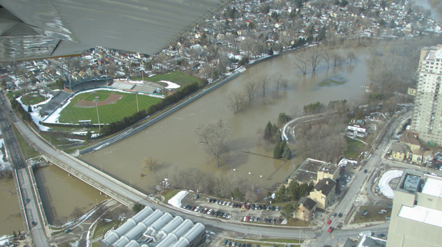 Aerial view of the West London Dyke, February 2009