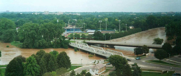 Forks of the Thames and the West London Dyke during the July 2000 Flood